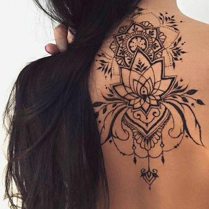 Henna Tattoo Schwarz Allergie: Artă Antică Pentru Ornamentarea Temporară A