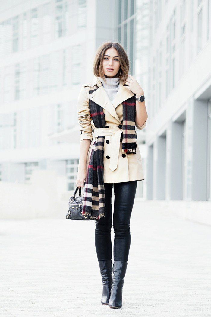 2-short-Burberry Coat i Beige
