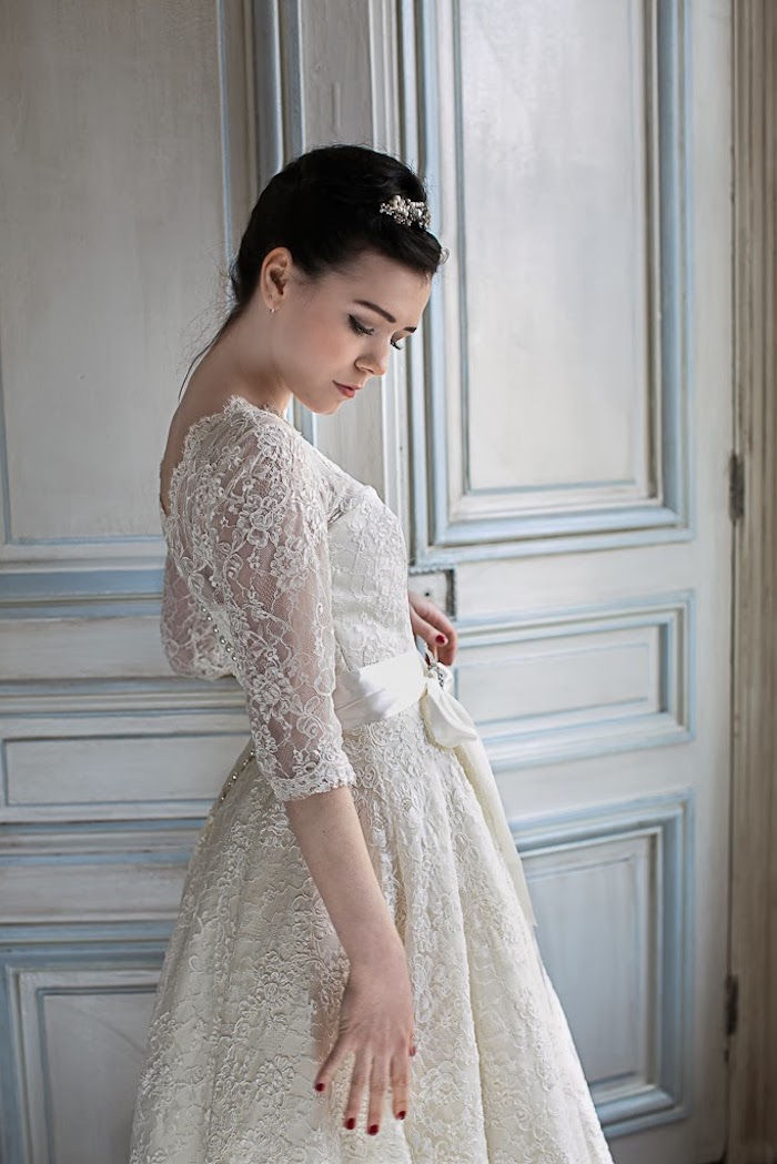 Rochie De Mireasă Roșie Dramă Romantism Eleganță Atemporală