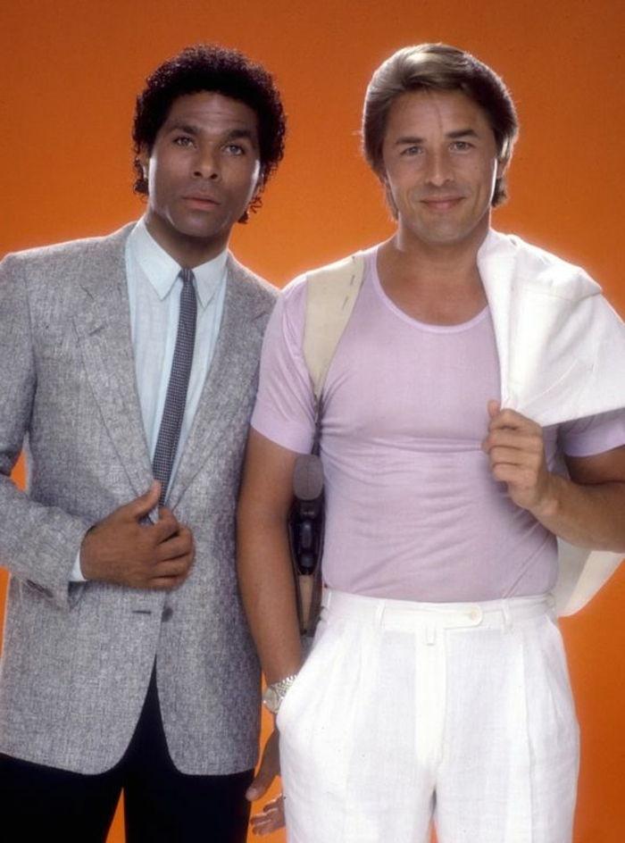 Abbigliamento anni  80 – vergogna alla moda o moda geniale  99da23723d76
