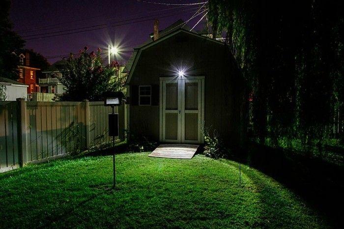 Illuminazione Esterna Con Sensore Di Movimento : Lampada con sensore di movimento u luce improvvisa