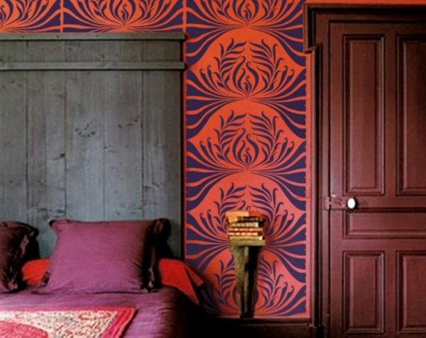 Art Nouveau - ornamenter-maler-for-the-wall-in-the-gate-and-purple
