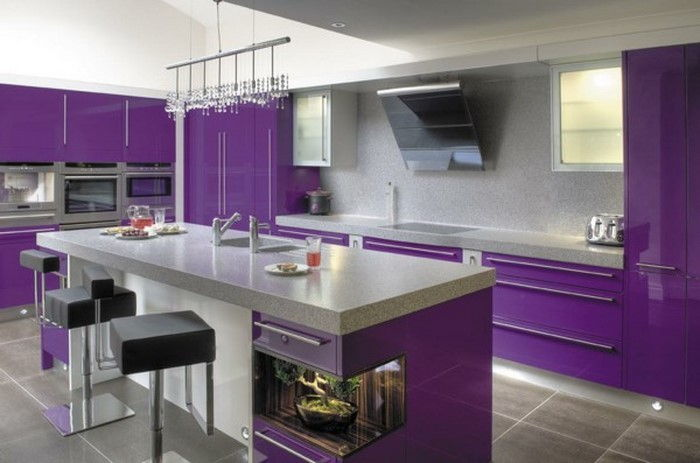 cucina-in-viola-set-a-super-decoration