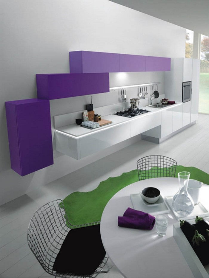 cucina-in-viola-set-a-great-decoration