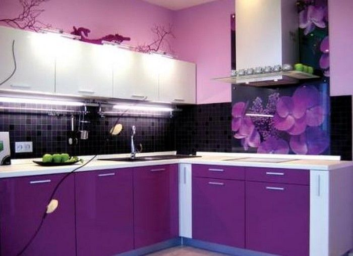 cucina-in-viola-set-a-Splendida-design