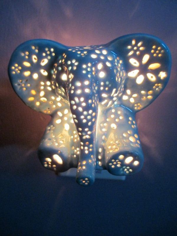 sval lampa-for-the-barns Elephant