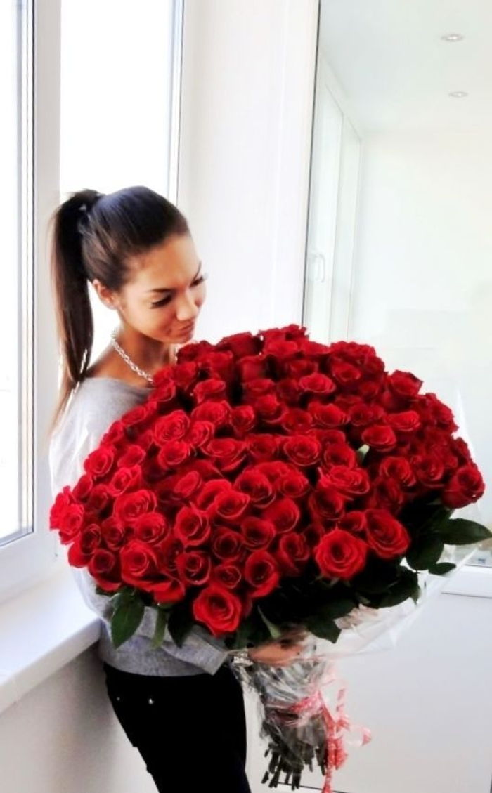 Roses-super-store for-Valentine-