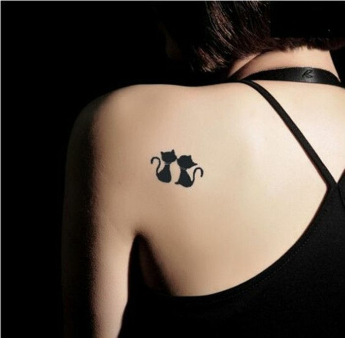 Tattoo-Motive-twee-black-cat