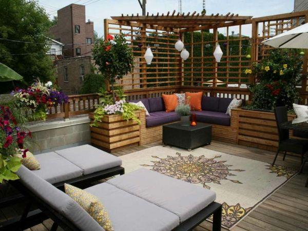 Wat een leuk idee om het terras op deze houthandel rtt