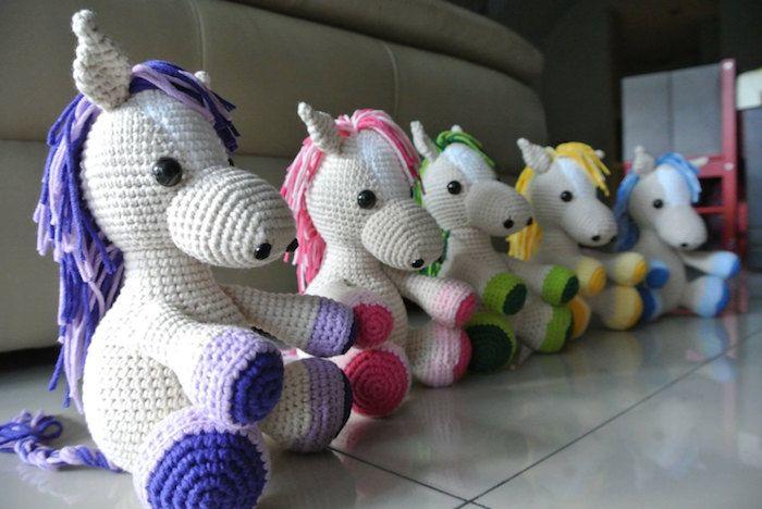 Preciosos y coloridos muñecos | Amigurumi patrones gratis, Muñecos ... | 468x700