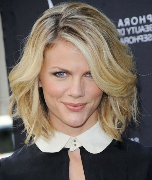 cool-blonde-short-hair