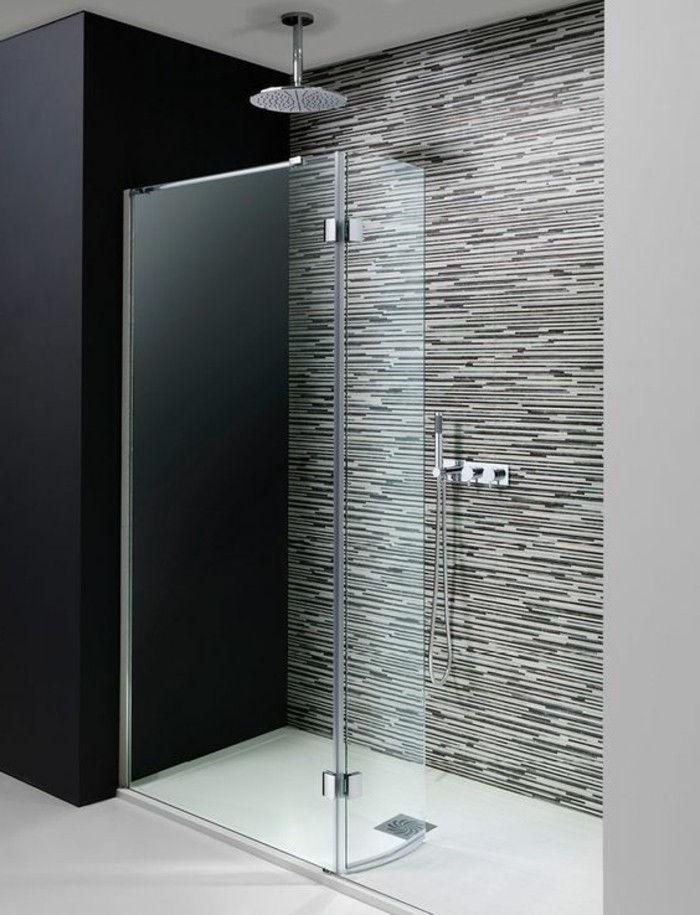 Um Chuveiro Walk In Para O Banheiro Perfeito