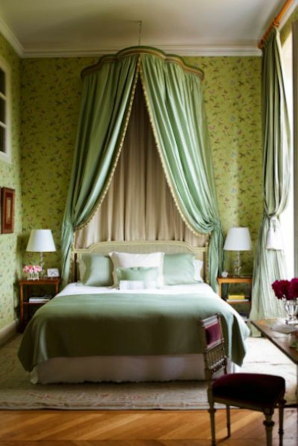 green-wall design-for-slaapkamer-aristocratische-look