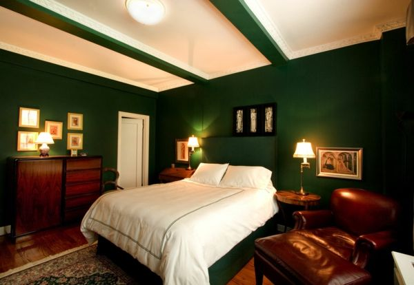 green-wall design-for-slaapkamer-dark-genuanceerd