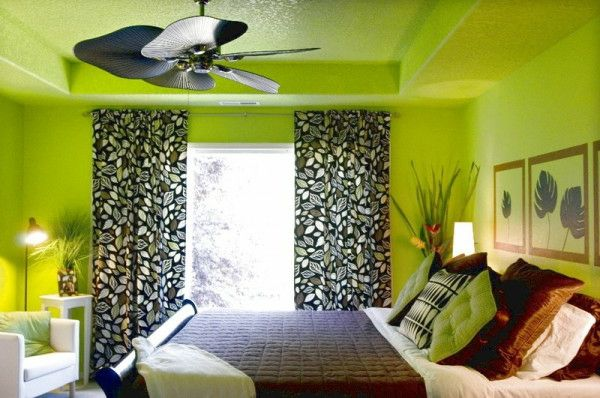 green-wall design-for-slaapkamer-met-gordijnen