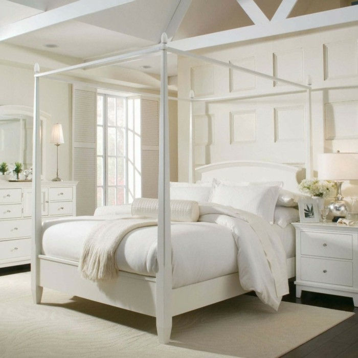 Himmelbett-own-build-you-can-a-fancy-poster bed-own-build