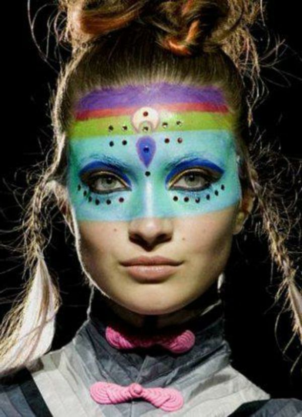 indian make-up-model face-painting-blue-accent