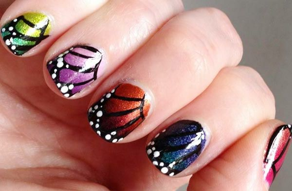 Nail design-for-pomlad-metulj-motiv