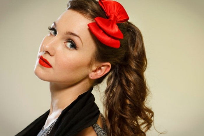 rockabilly penteados-red-bow-brown-hair