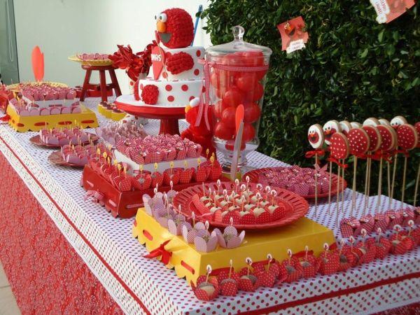 Tavolo Compleanno Topolino : Splendida decorazione da tavolo per il compleanno dei bambini