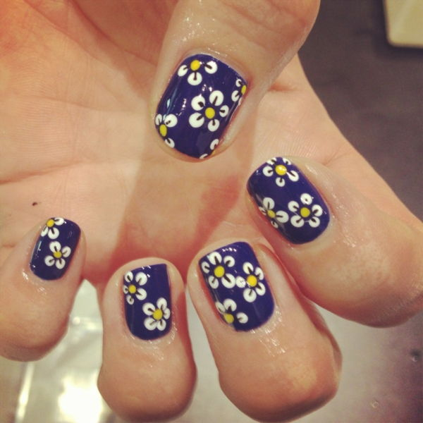 enkle-Nails-blomster-tall
