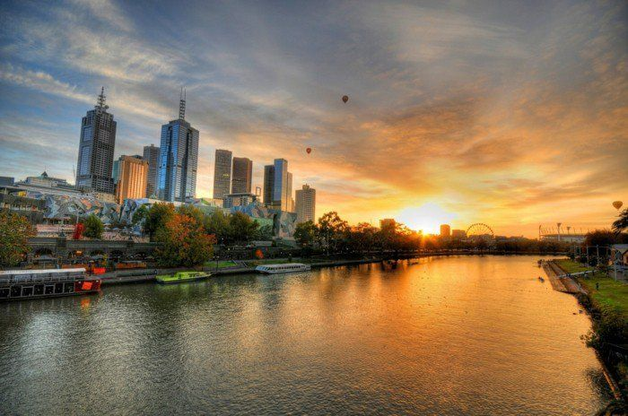 sunset-in-the-city-of-river