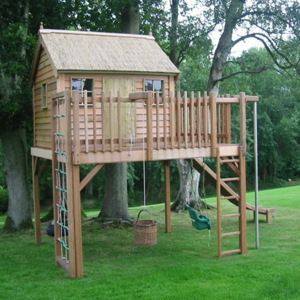 super-grote-kinderen-house-with-klimmuur-to-fun-