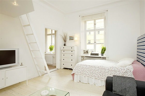home-for-small-apartment-beautiful-white-living-room - บันไดสีขาว