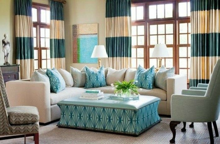 woonkamer-gordijn-ideas-gestreepte-blue-poef-table-and-pillow