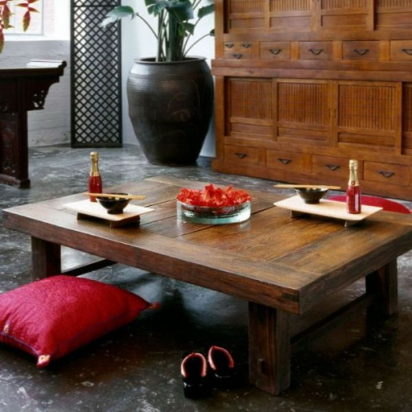 Livingroom-chic-with-oriental-seat-mushroom-wood-out of the table