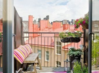 balkon-bepflanzen-rosiger-teppich